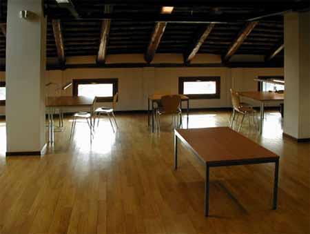 Sottotetto: l'aula studio