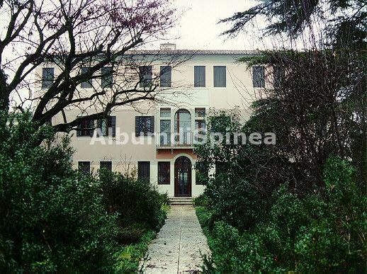 Villa De Mitri Merlin